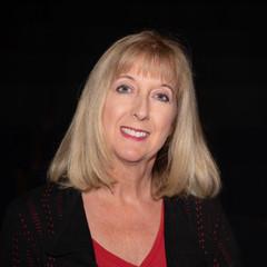 Michelle McCue , Producer