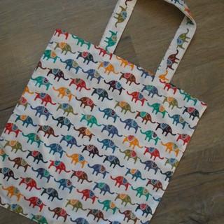 Tote bag elephants