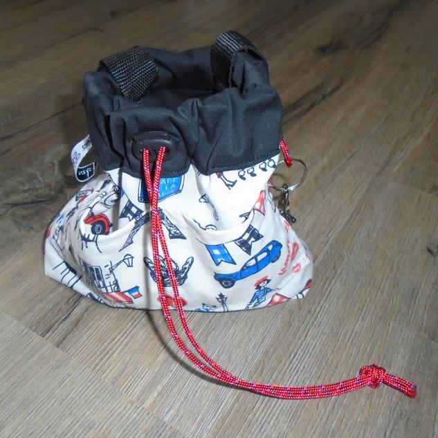Kleine tas om rond de taille te dragen