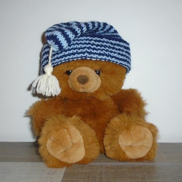 Bonnet enfant ble tricoté avec pompon blanc