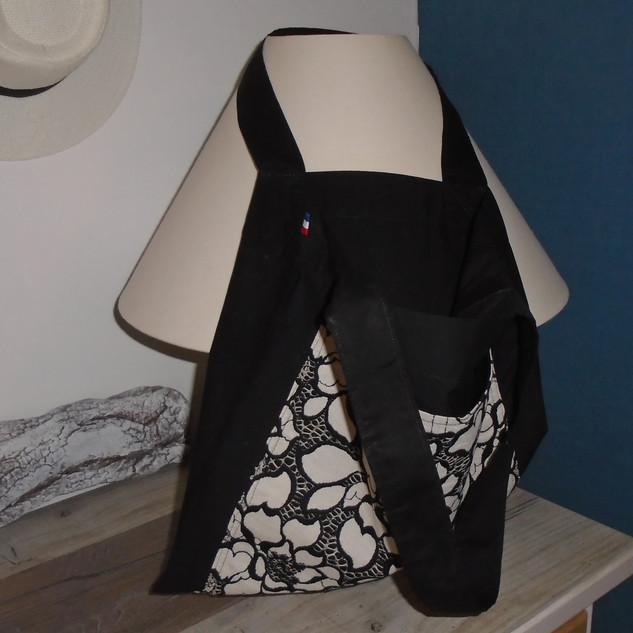 Tote bag noir avec poche devant