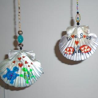 Coquille Saint Jacques peints tortues ou coccinelles