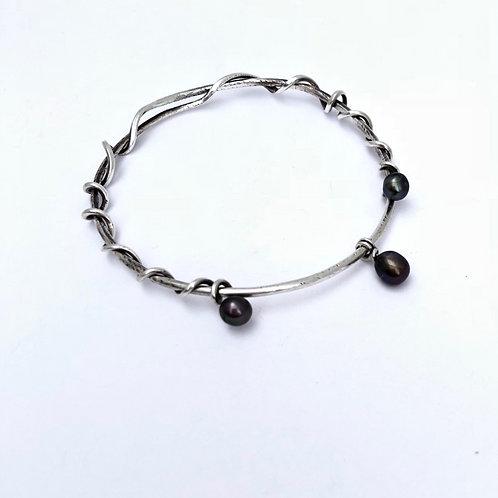 Sterling Silver Vine Bracelent with Black Pearls
