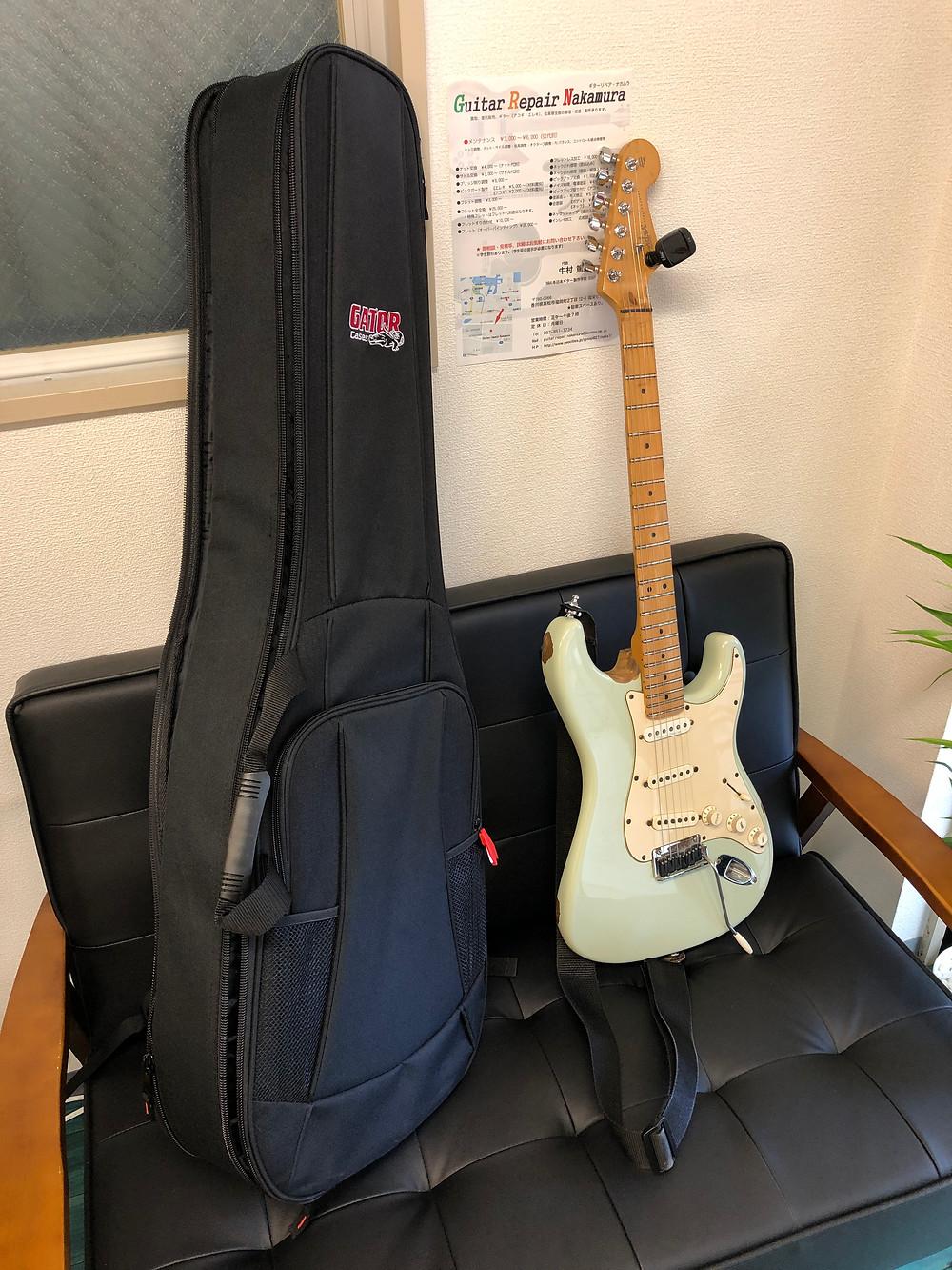 ギターケースの写真