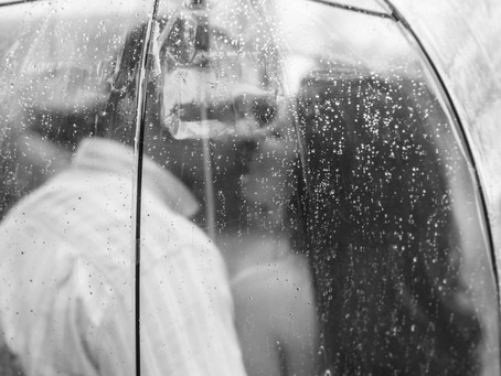 A Rainy Day at Wickham Park  {Aaron and Tatiana} Engagement Session