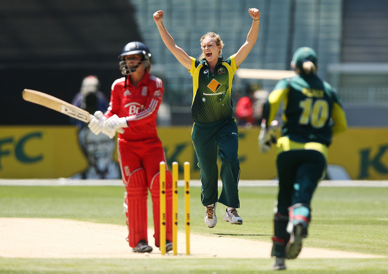 Holly Cheering After The Australian Women Take A Wicket