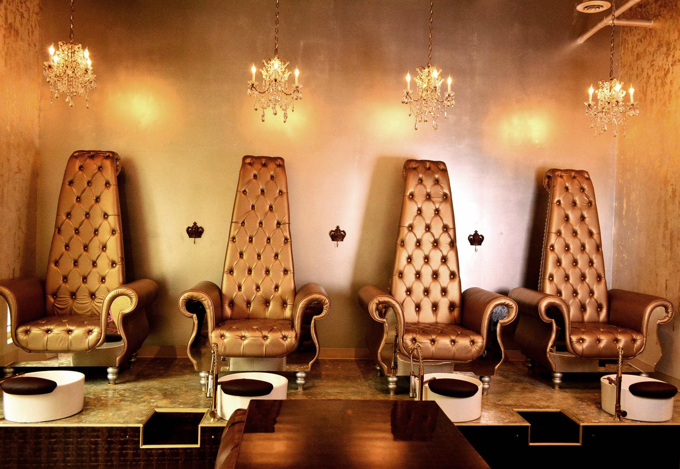 Bella Nail Lounge & Beauty Bar