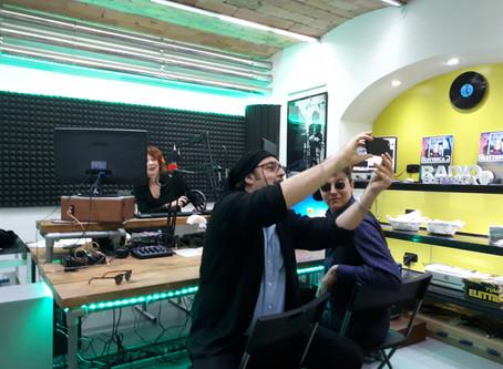 """Radio Elettrica"". Claudia McDowell interviews Aladdin Insane"