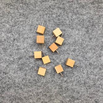 Wood Squares Push Pins (10 pk)