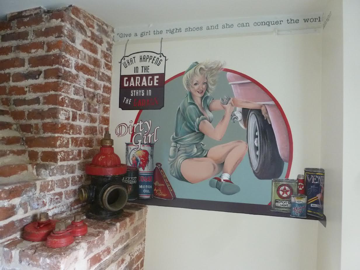 garage mural