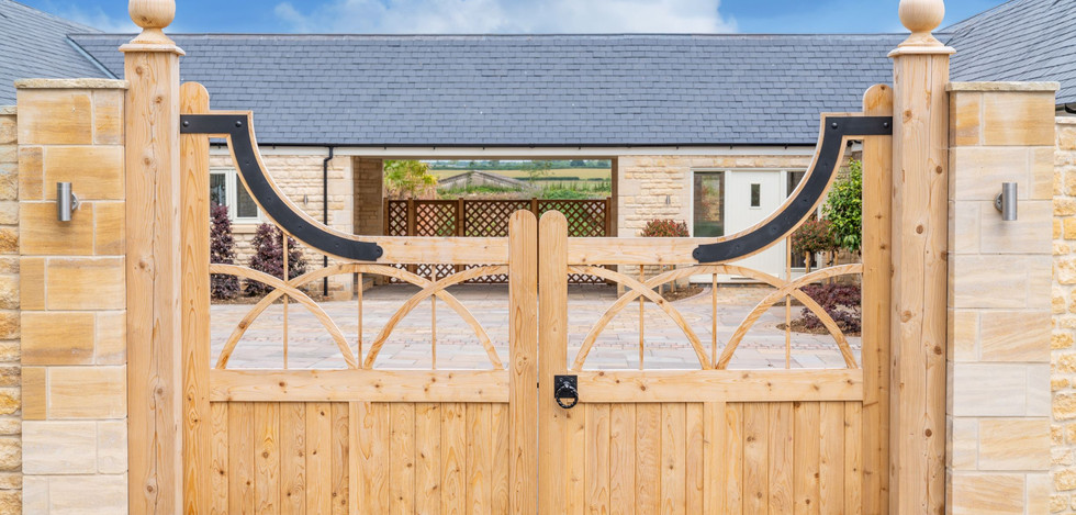 Shacklewell Lodge Barns - Barn 1 - 14 re
