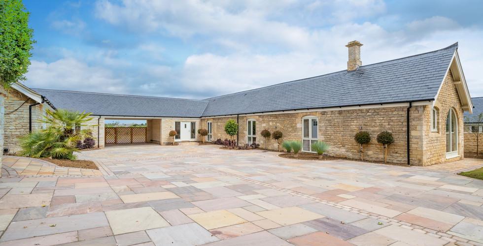 Shacklewell Lodge Barns - Barn 1 - 9 res
