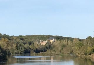 Vue du château depuis la Vienne