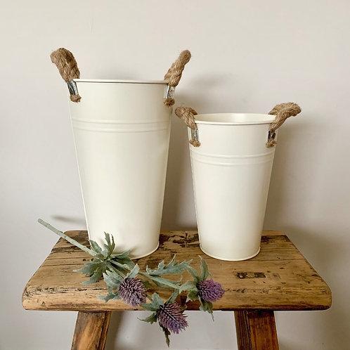 Cream Flower Bucket, 25cm