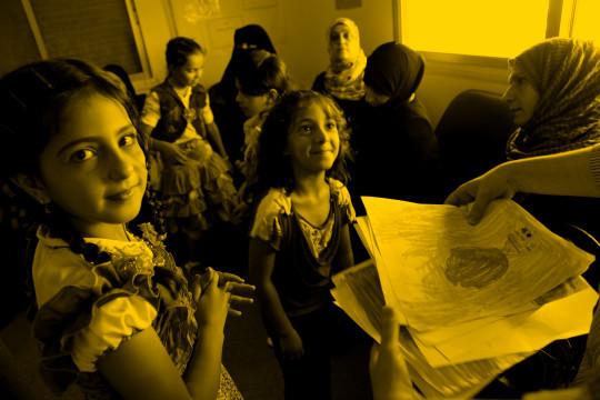 Asylsøkerbarn gul