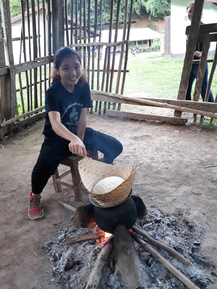 Traditional Method of Cooking Rice