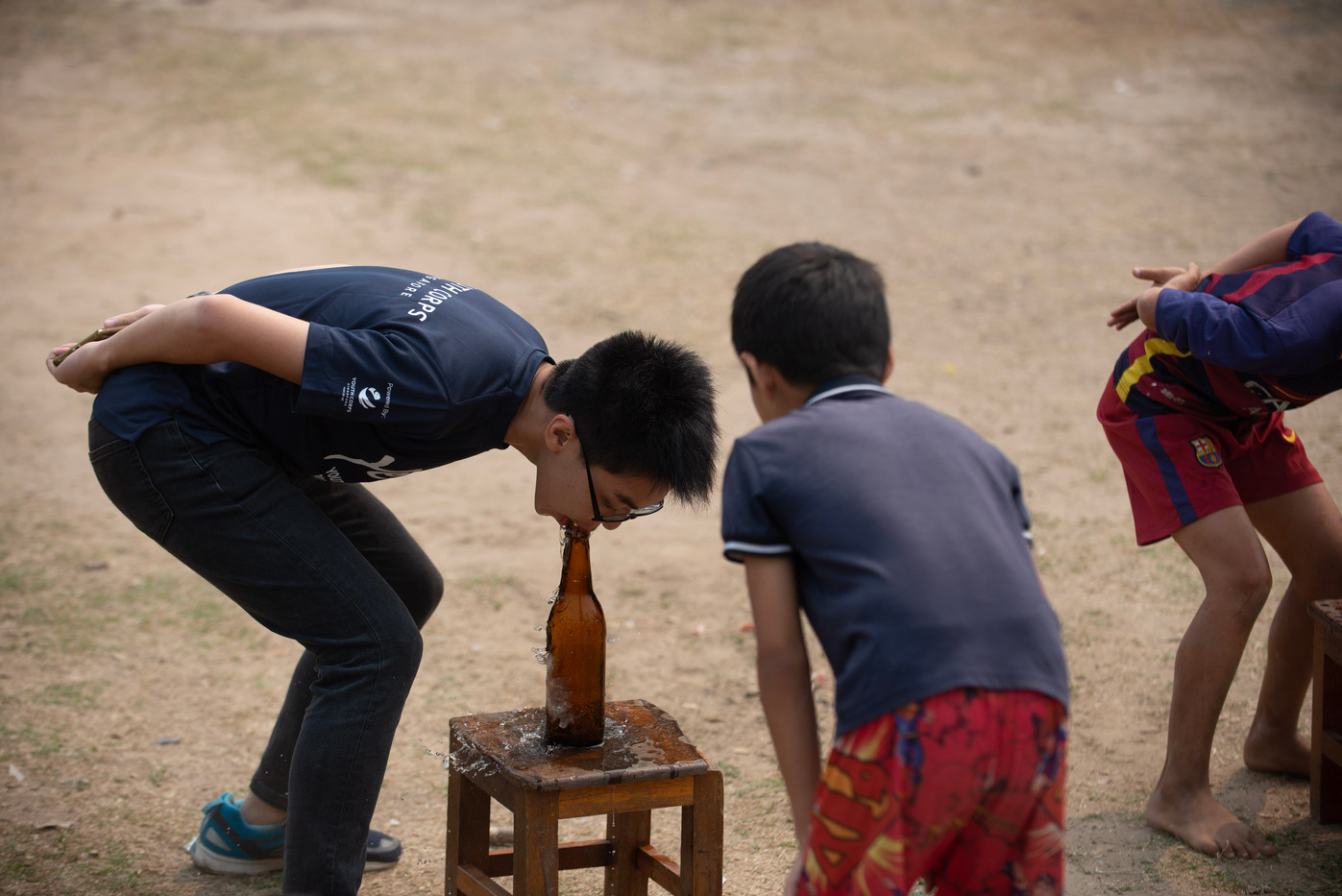 Playing Local Games