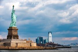 Lady Liberty and Manhattan NY_0027