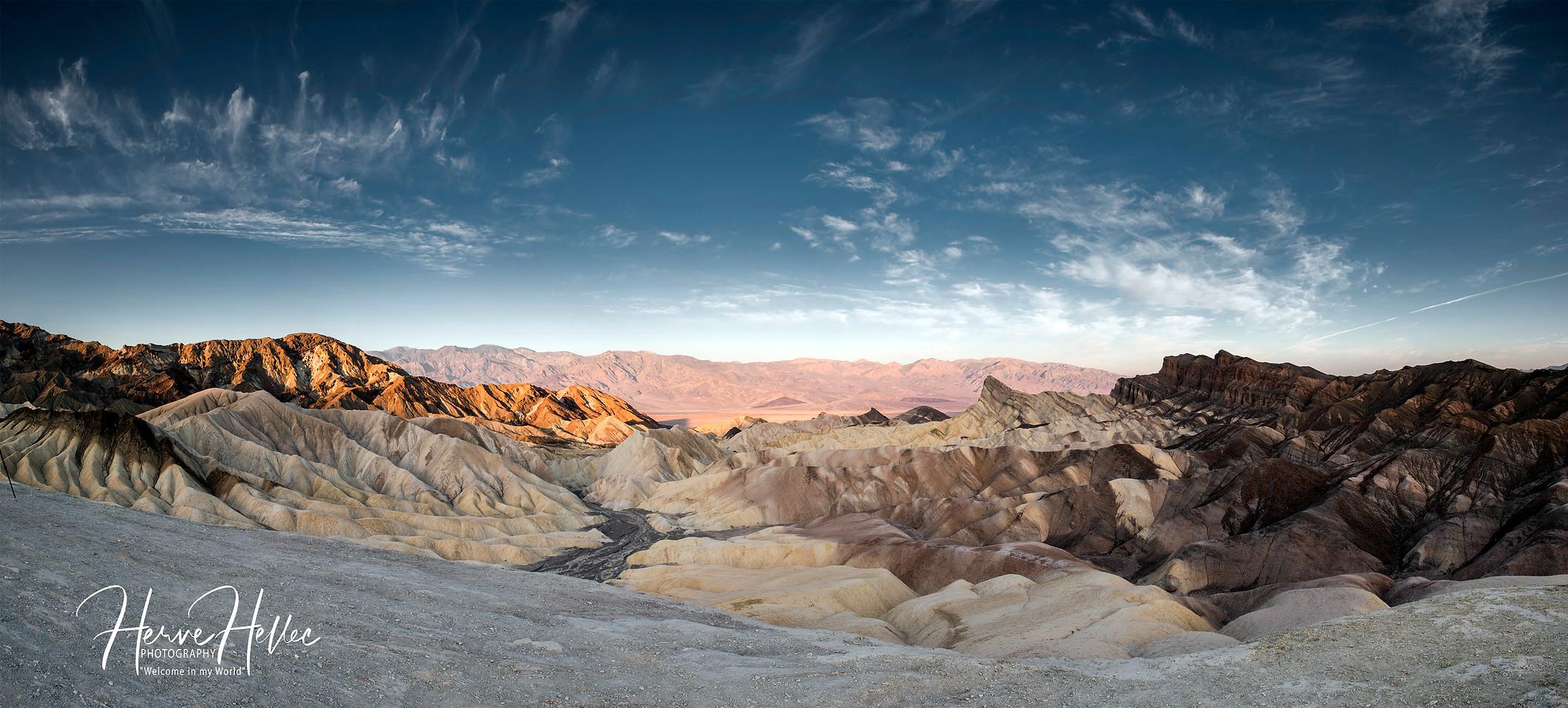 Zabriskie Point Death Valley SIGNEE.jpg