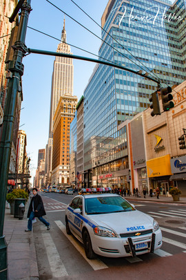 L'Empire State Building entre deux immeubles NY_0004