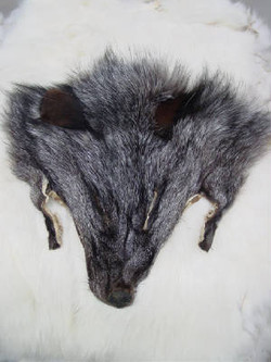 FOX HEAD (NATURAL)