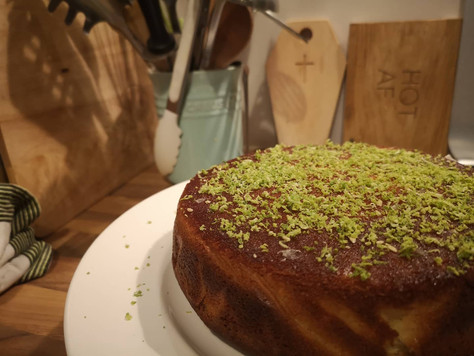 Grown up cake: Yoghurt and lime