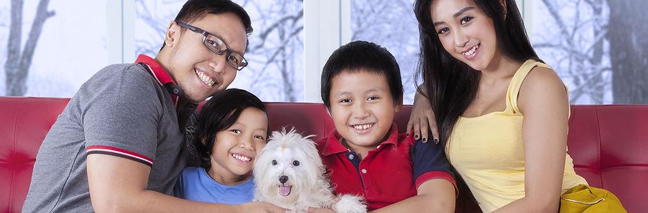 latinofamilyanddog.jpeg