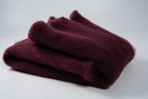 Echarpe ou foulard en Mohair couleur rouge griotte