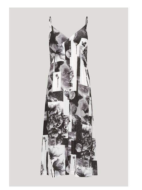 Robe fines bretelles Baum und Pferdgarten