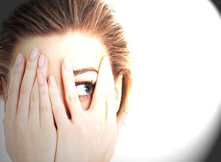 Are your eyes sensitive to light? You may have photophobia.