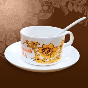 kruzhka-kofeinaja-s-lozhkoi-i-blyudcem