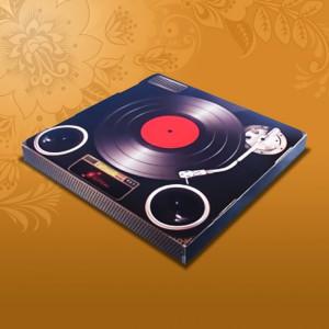 korobka-dlja-tarelok-grammofon