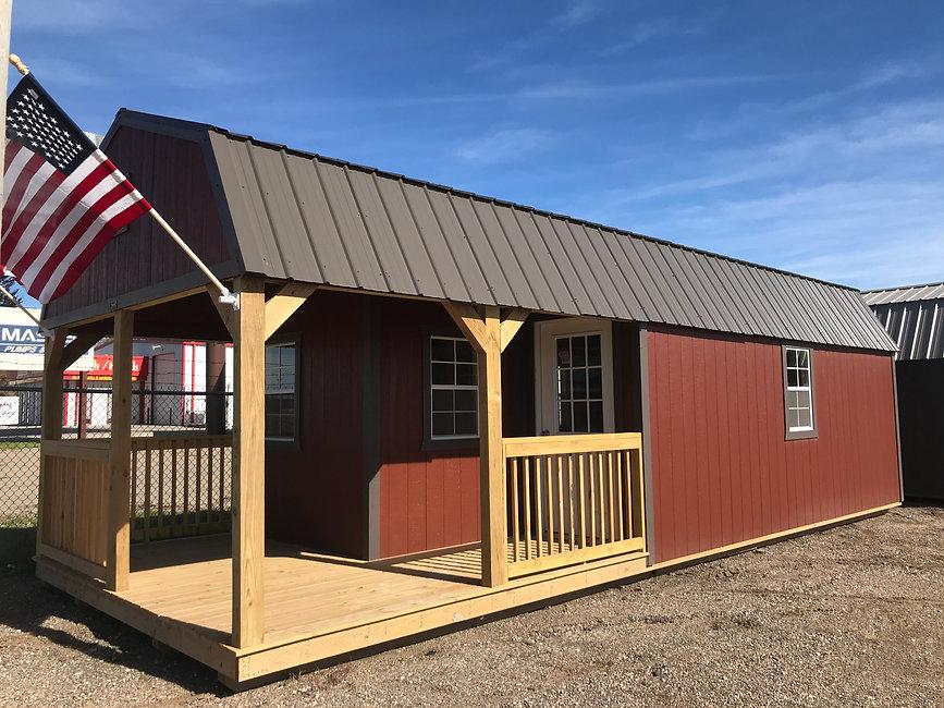 Premier Lofted Barn Cabin | website