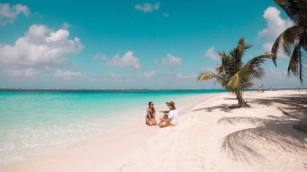 Paquete #1: Tour a 2 islas y Piscina Natural a las Islas de San Blas
