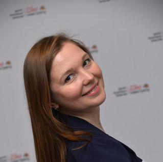 Анна Железнова