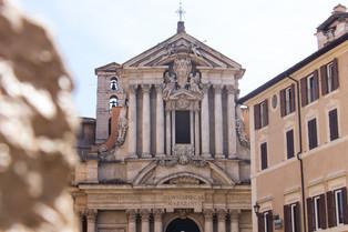 Santi Vincenzo e Anastasio a Trevi © Kat