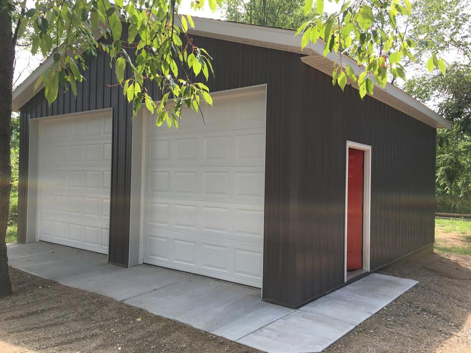 post frame garage pole-barns.