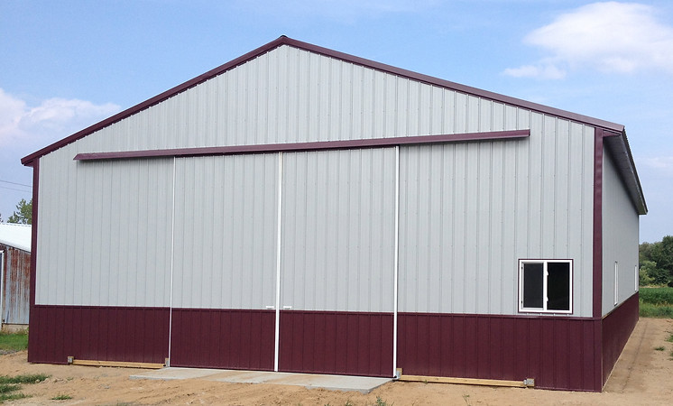 Agricultural building constructed by pole-barns.com