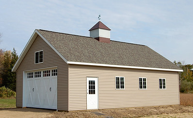 custom post frame garage built by pole-barns.com