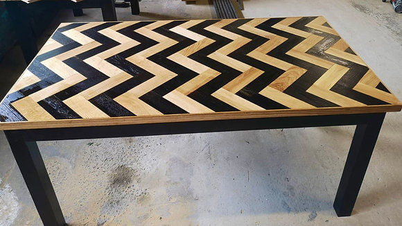 Favo Character Oak Dining Table
