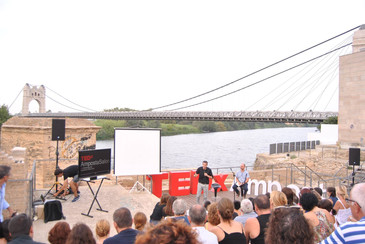 "TEDxAmpostaSalon ""Viure feliç, un mite o una realitat?"""
