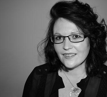 Carrie Afrin gaelic singer.jpg