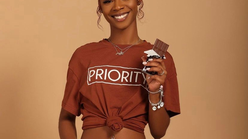 PRIORITY T-Shirt and Biker Shorts Set : Brown w| White words