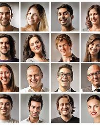 Composition de gens souriantss.jpg