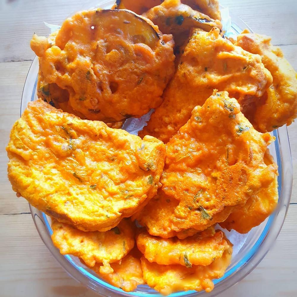 mauritian fried snack dipain frire