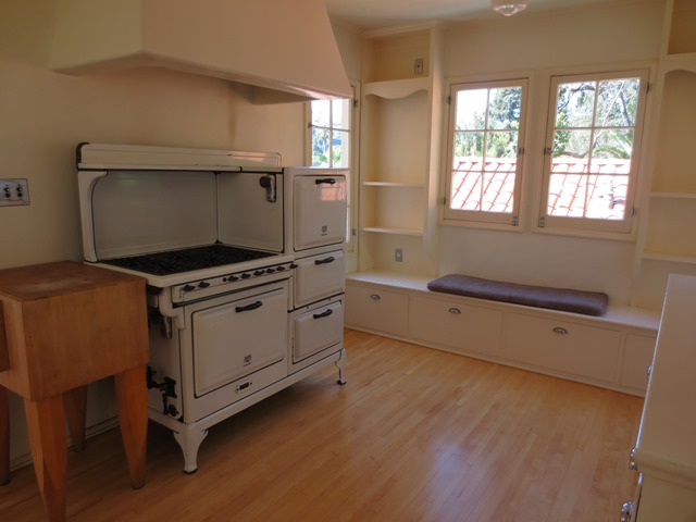 Kitchen 7