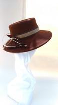 1950s style felt hat