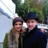 1940s style hat