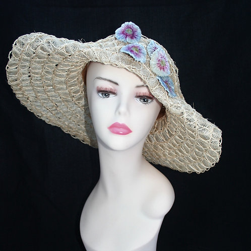 1930s style straw hat