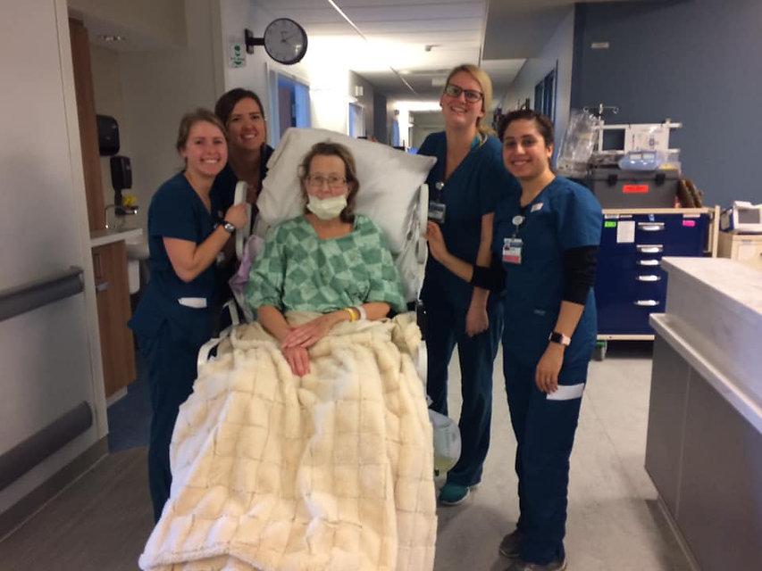 jan with nurses.jpg